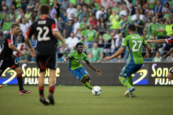 The Sounders re-signed forward Obafemi Martins Tuesday to a contract of unspecified length. / Drew Mckenzie, Sportspress Northwest