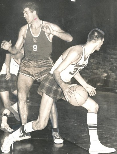Bruno Boin, who captained the Franklin basketball team, later played at the University of Washington and for the Buchan Bakers (shown here). / David Eskenazi Collection