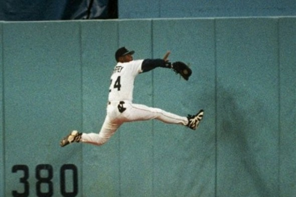 Griffey makes his famous Spiderman catch against the center-field wall at the Kingdome. / Seattle Mariners