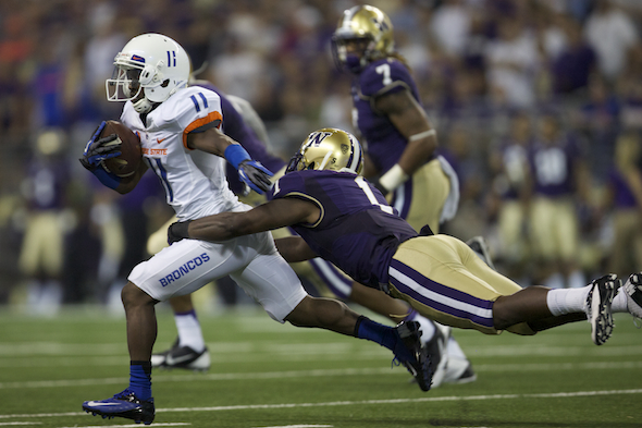 UW LB Shaq Thompson helped limit Boise State to just 175 passing yards. / Drew Sellers