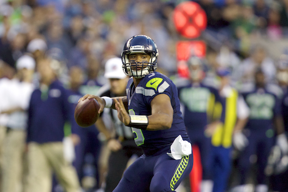 Again, Russell Wilson sees and does what others cannot. / Drew Sellers, Sportspress Northwest
