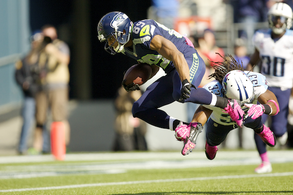 Doug Baldwin showed his disdain for gravity with one of his four catches Sunday at the Clink. / Drew Sellers, Sportspress Northwest