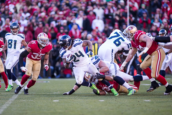 Marshawn Lynch was mostly bottled up Sunday at Candlestick, getting 72 yards on 20 carries. / Drew McKenzie, Sportspress Northwest