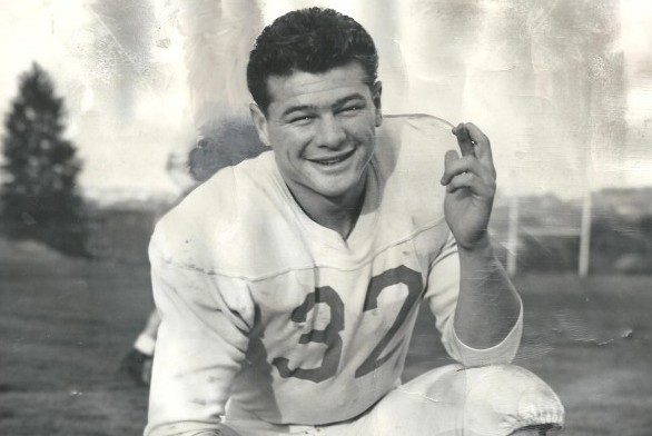 Hugh McElhenny re-wrote University of Washington and Pacific Coast Conference records before embarking upon a Hall of Fame career with the San Francisco 49ers in 1952. He entered the Pro Football Hall of Fame in 1970. / David Eskenazi Collection
