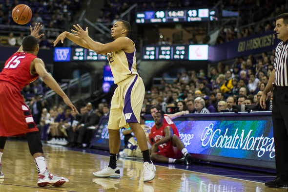 Andrew Andrews came up big against Utah with a season-high eight field goals and x points. The Huskies host Colorado Sunday at Alaska Airlines Arena. / Drew McKenzie, Sportspress Northwest