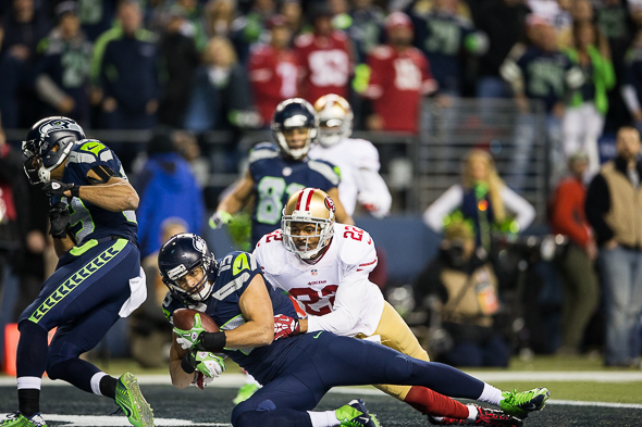 Kearse finished his first NFC Championship with two catches for 44 yards. / Drew McKenzie, Sportspress Northwest