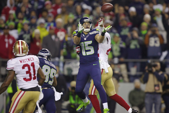WR Jermaine Kearse looks the game-winning pass into his hands Sunday night. / Drew Sellers, Sportspress Northwest