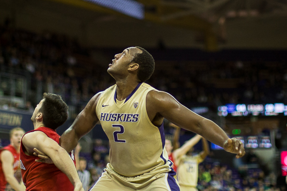 Perris Blackwell, who has recorded five double-doubles this season, and the Huskies are in Salt Lake City for a rematch with the Utah Utes Wednesday night. / Drew McKenzie, Sportspress Northwest