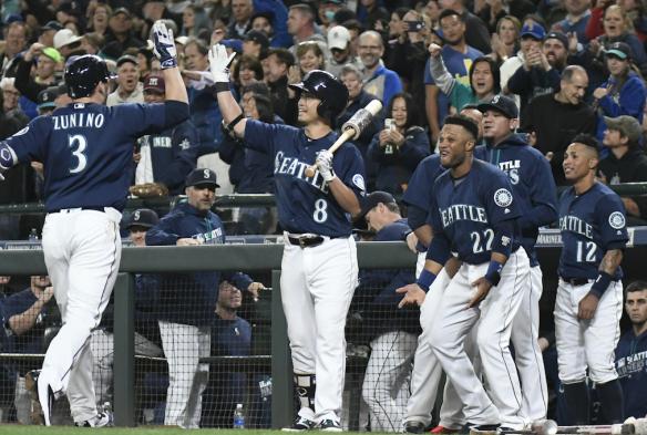 Zunino-homer-playoffs-584x393