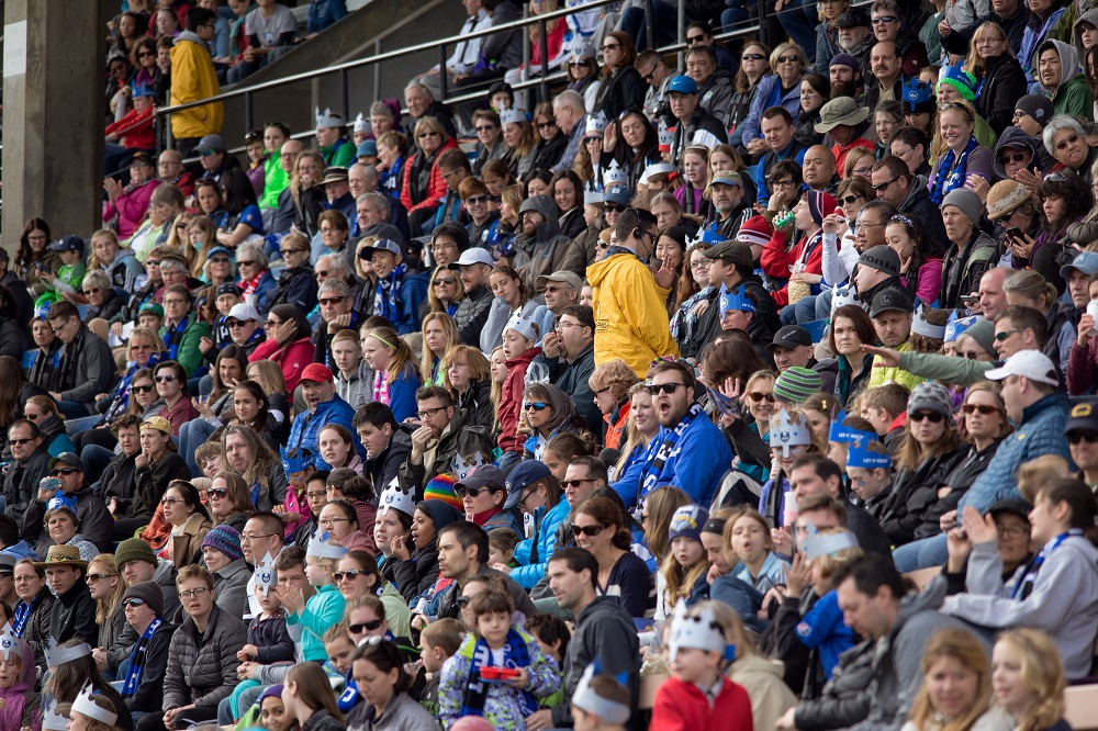 Fans gathered at Memorial Stadium watch the Seattle Reign play. / ISI Photos