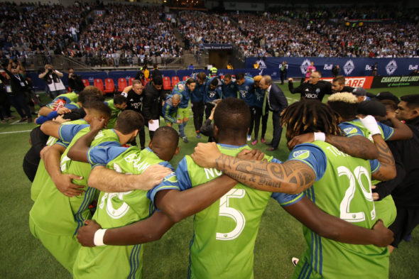 Clint Dempsey's Sweet Brace Leads Seattle Into Western Conference Final