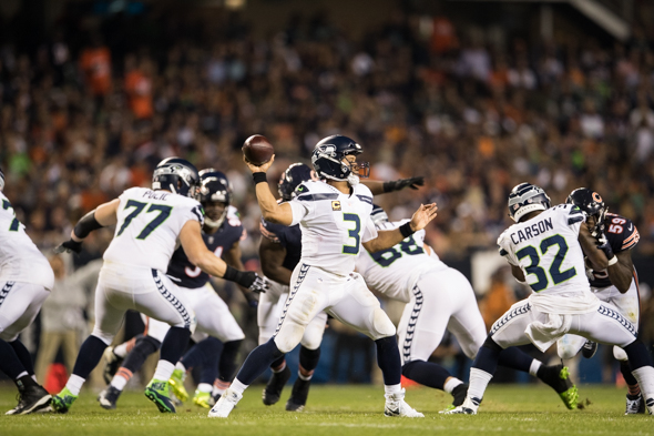 Seahawks' offense struggles in 24-17 loss to Chicago Bears