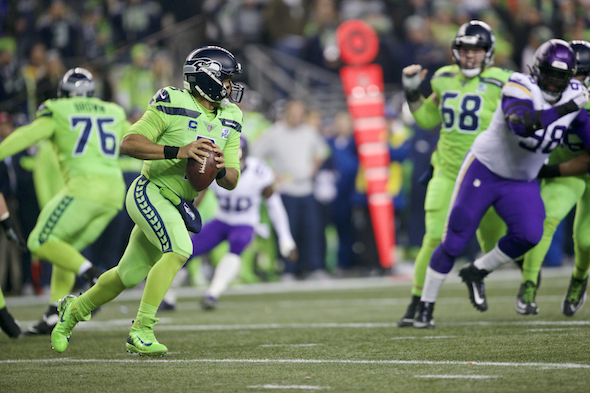 Seahawks running backs prove unstoppable Monday night against Vikings
